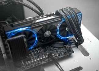 Sapphire NITRO + RX Vega 56 e 64 Limited Edition scheda video RGB