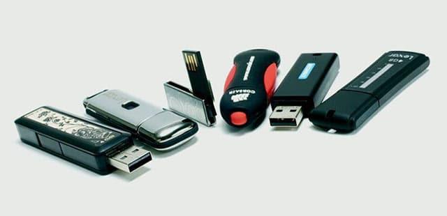 Sbloccare chiavette USB e salvare i dati