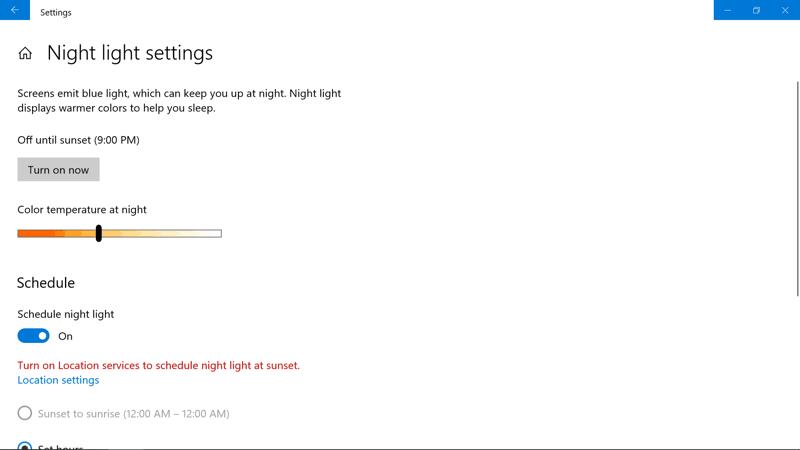 modalità notturna Windows 10 luce blu monitor
